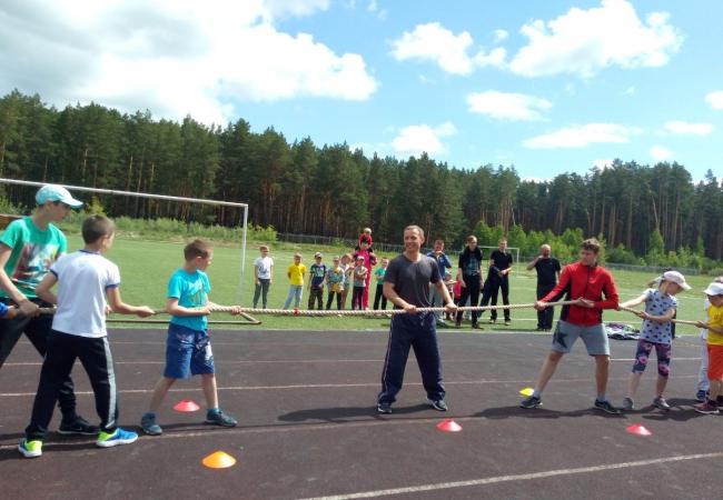 1  июня в Международный день защиты детей центральный стадион с.Кетово