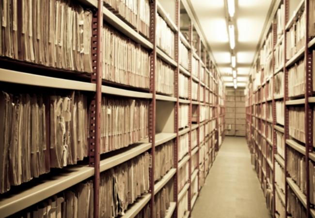 Историю хранят архивы: заказать копии архивных документов можно в МФЦ