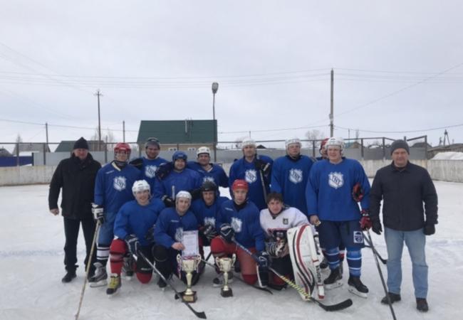 Подведены итоги Кубка Главы Кетовского района и Первенства района по хоккею 2020 года.