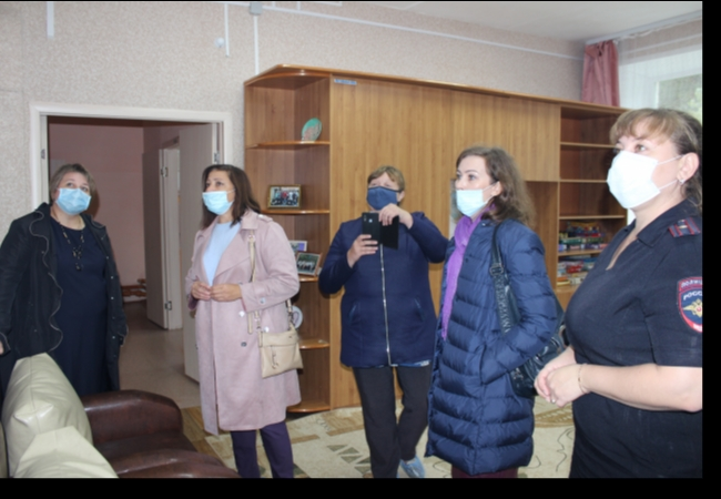 Кетовские общественники посетили Введенский детский дом и участковый пункт полиции