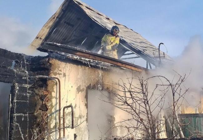 Сегодня на территории района произошел пожар в двухквартирном жилом доме в с. Кропани.