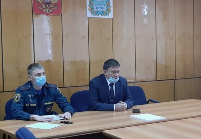 Провели рабочее совещание с Главами муниципальных образований Кетовского района, обсудили  вопросы обеспечения пожарной безопасности.