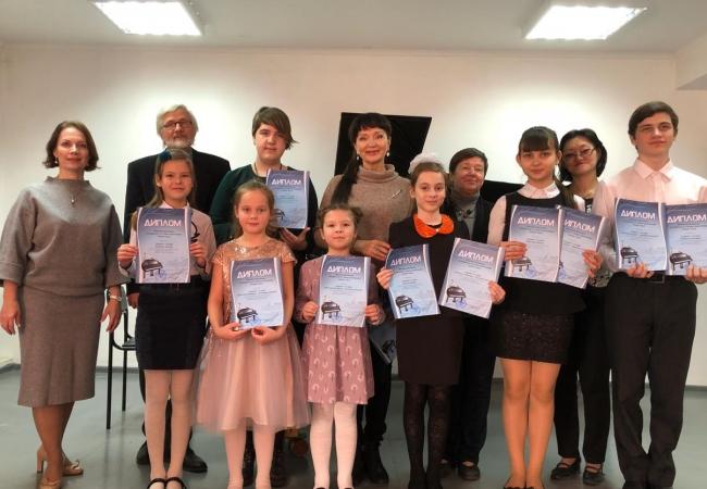 8 декабря 2018г.  на базе Лесниковской детской музыкальной школы состоялся 1 тур областного фестиваля фортепианной музыки, посвященный 175-летию норвежского композитора Эдварда Грига